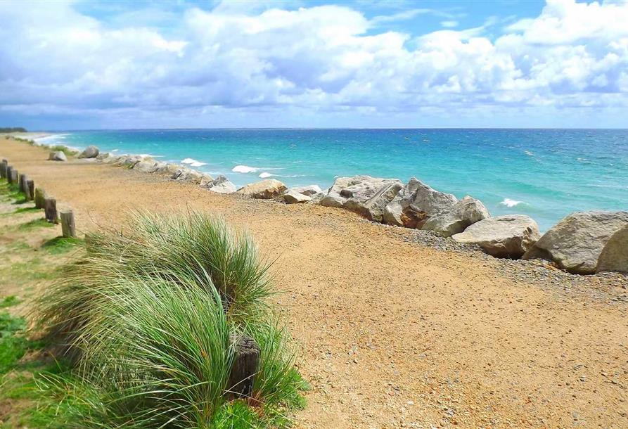 Camping en bretagne sud finistere bord de mer camping de la plage de cleut rouz fouesnant for Bienvenue en bretagne